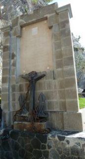 monumento ai caduti, a lapide