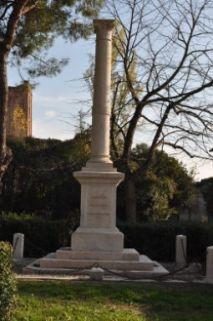 monumento ai caduti, a colonna