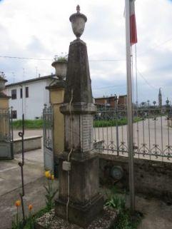 monumento ai caduti, ad obelisco