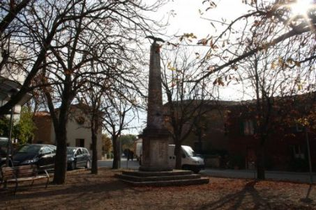 monumento ai caduti, a obelisco