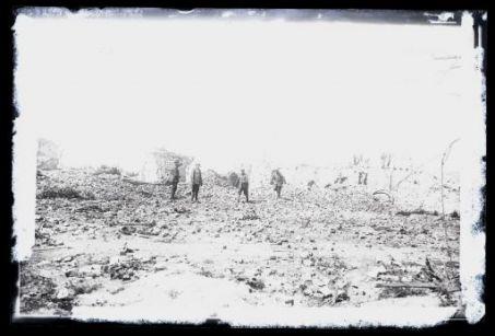 Rovine dopo un bombardamento