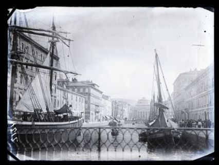 Veduta di Trieste, Canal Grande